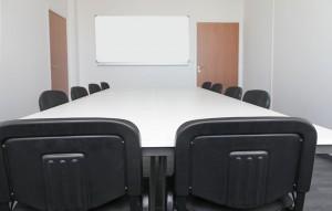 Location de salle de formation table longue angers
